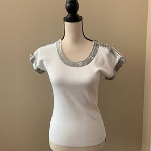 W BY WORTH WHITE SHIRT W/ SEQUINS EMBELLISHMENTS